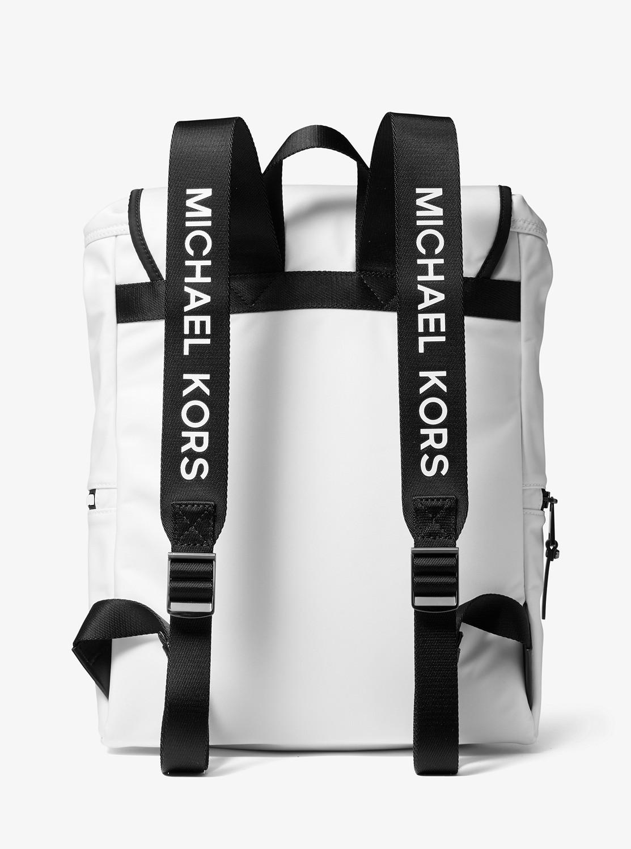THE MICHAEL BAG ラージ フラップ バックパック