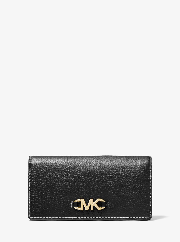 クリスマスプレゼントにおすすめなお財布はマイケルコースのIZZYです