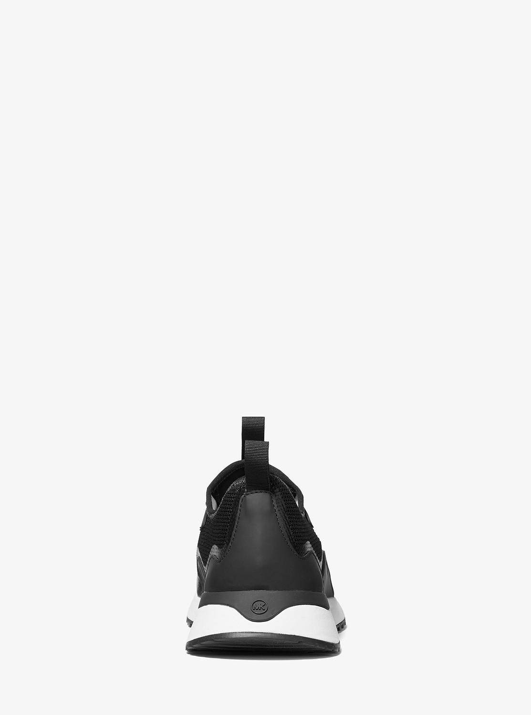 NOLAN スニーカー