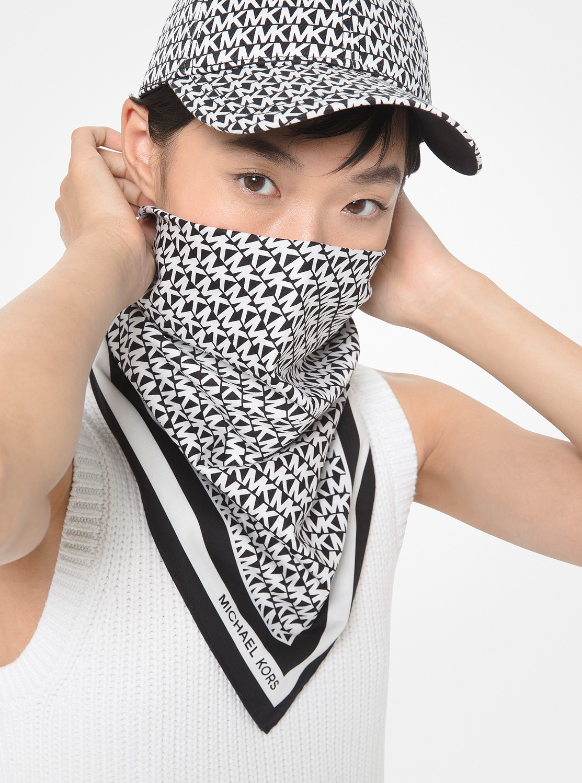 MK ロゴ スカーフ